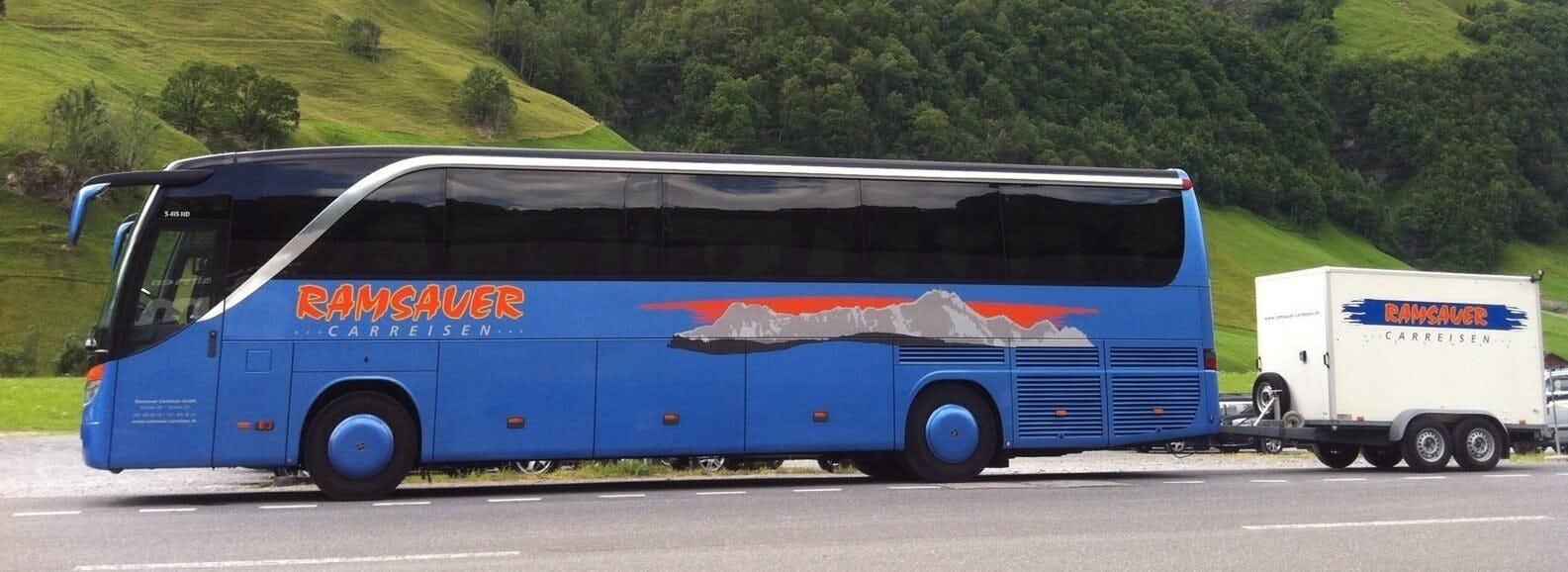 48 Platz Car 415 mit Anhaenger