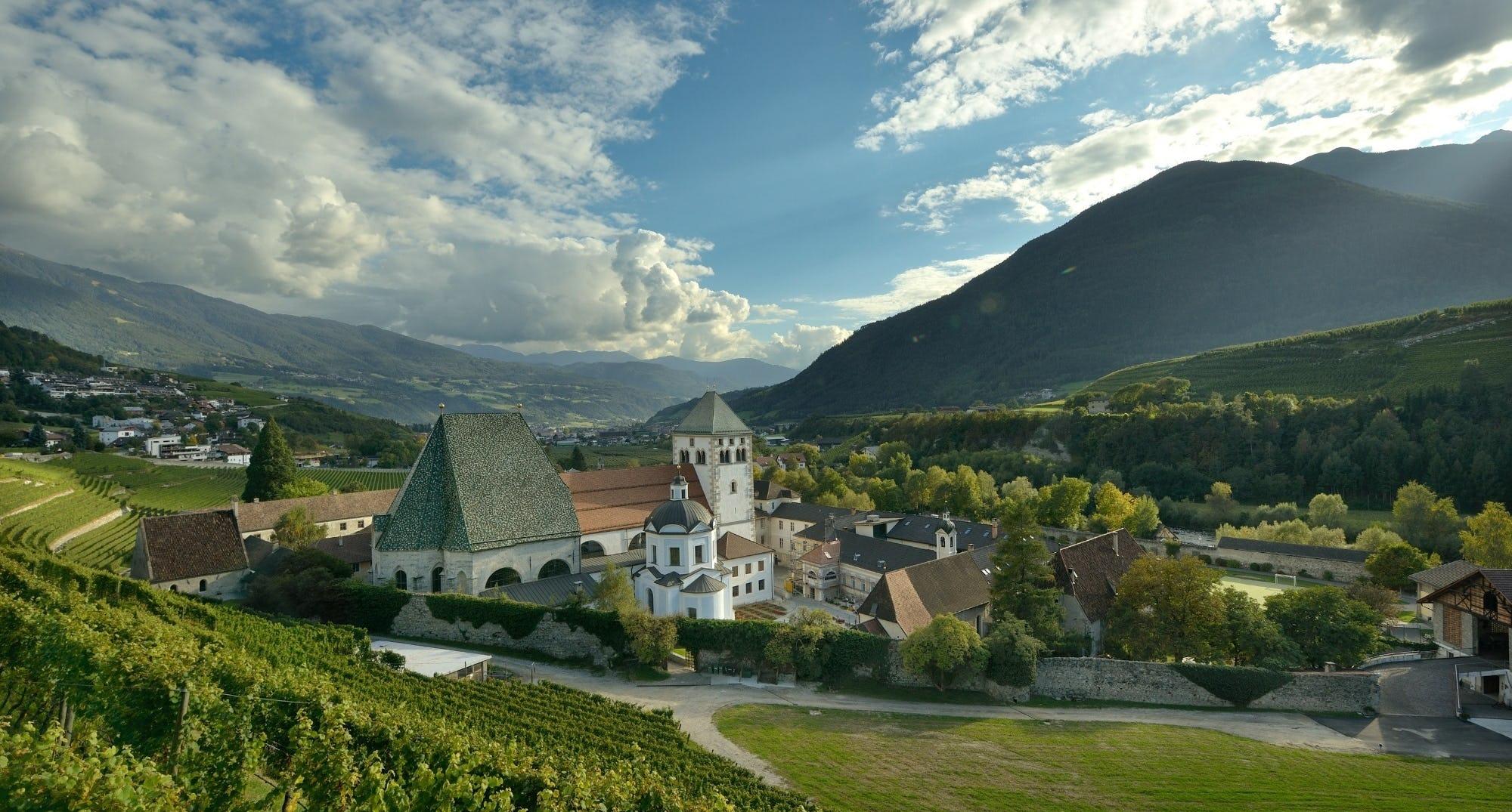 Weinreise Suedtirol Kloster Georg Bühler