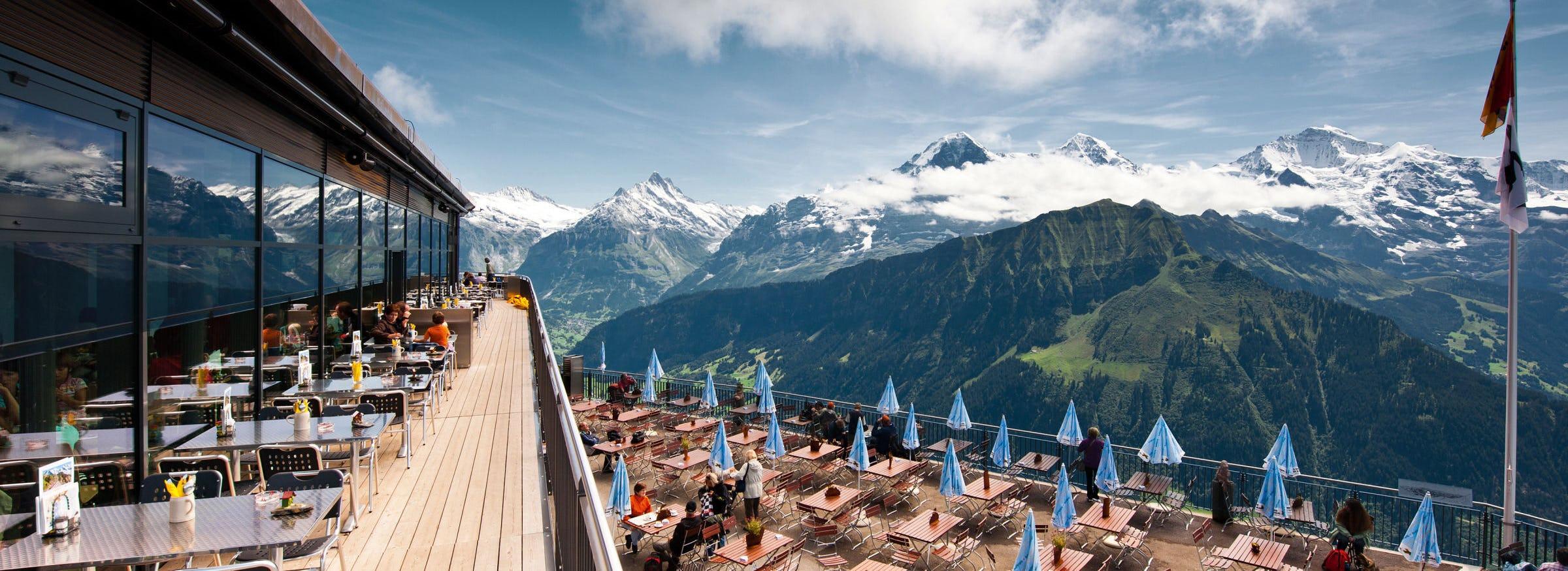 Bergrestaurant schynige platte terrasse 03