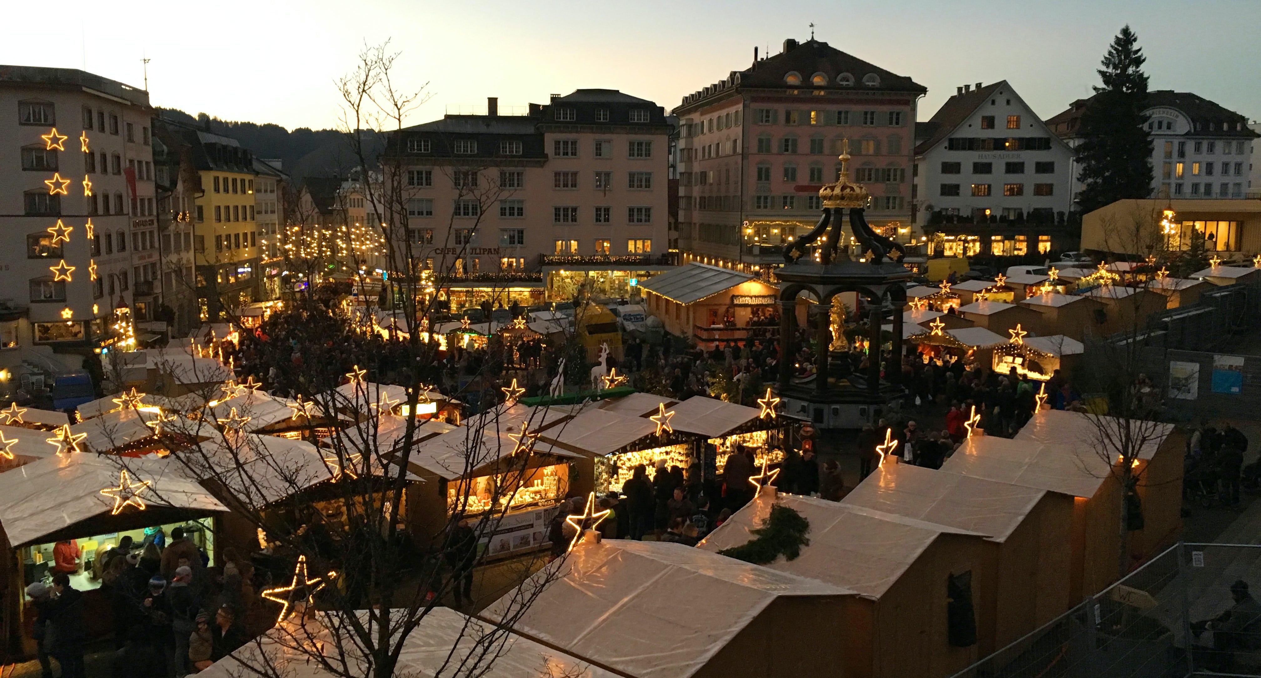 Einsiedler Weihnachtsmarkt Sterne